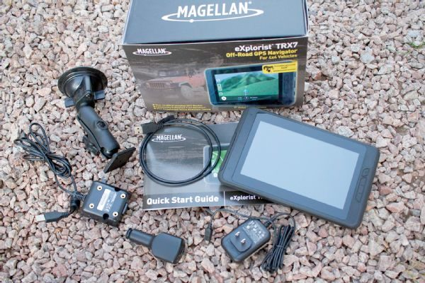 002-magellan-explorist-trx7-off-road-gps-navigation-product